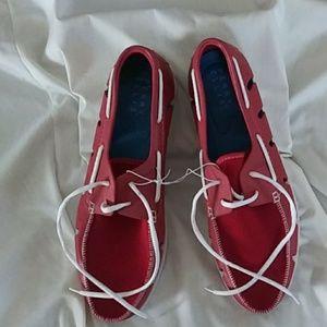 NWOT Perry Ellis Mens size 13 causal footwear